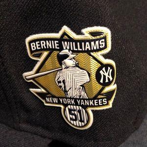 New York Yankees Authentic 7 3/8 Bernie Williams